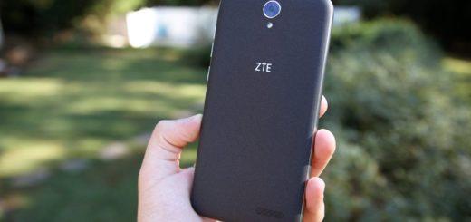 zte-self-adhesive-phone-anouncement
